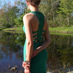 Sherri Hill Emerald Prom Dress